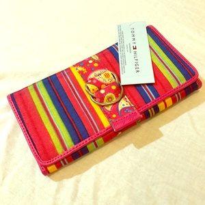 Tommy Hilfiger Striped Wallet NWT